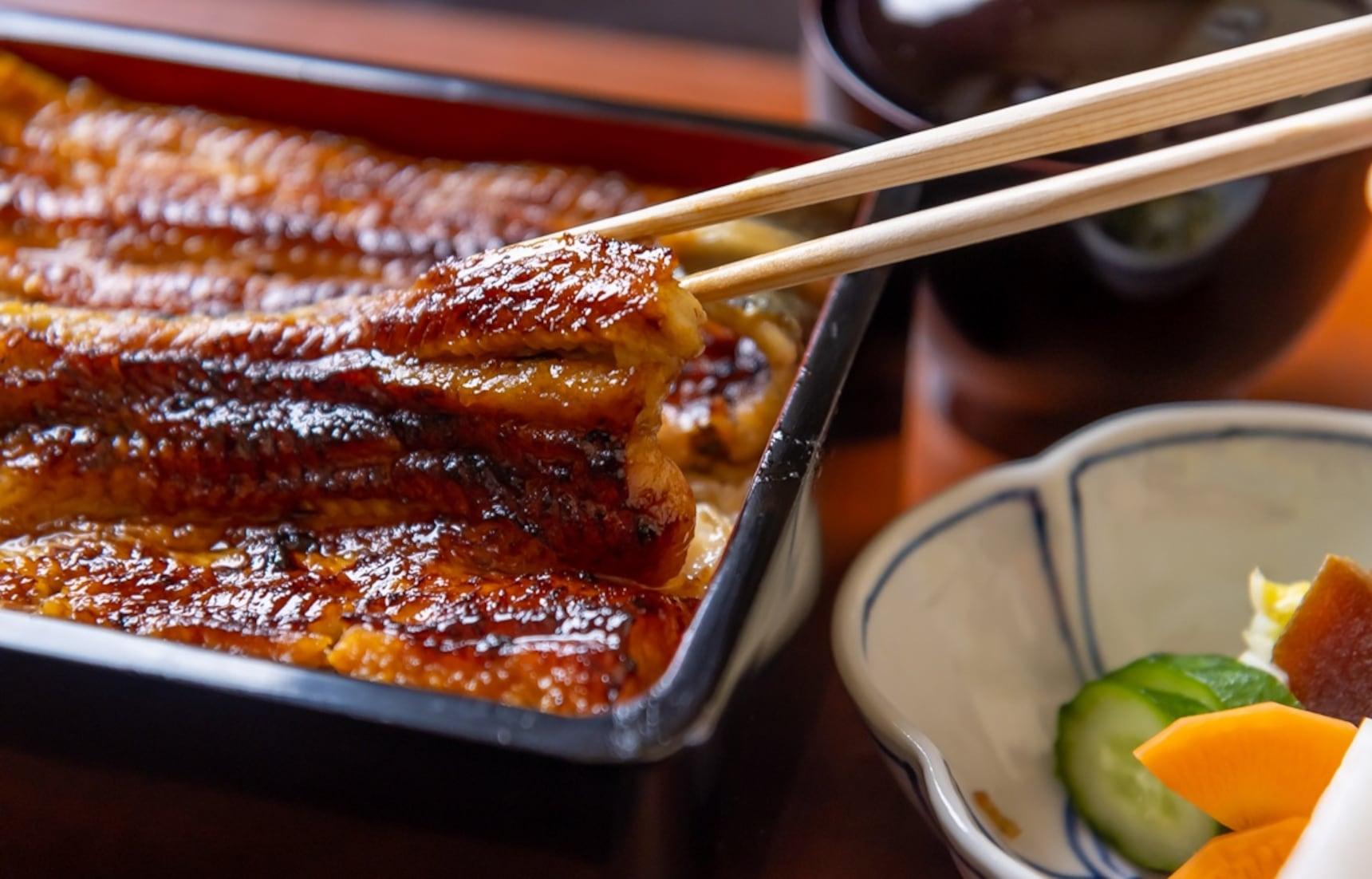 【食在東京】連續榮獲四年米其林推薦!融合法式料理手法的「和多遍」鰻重