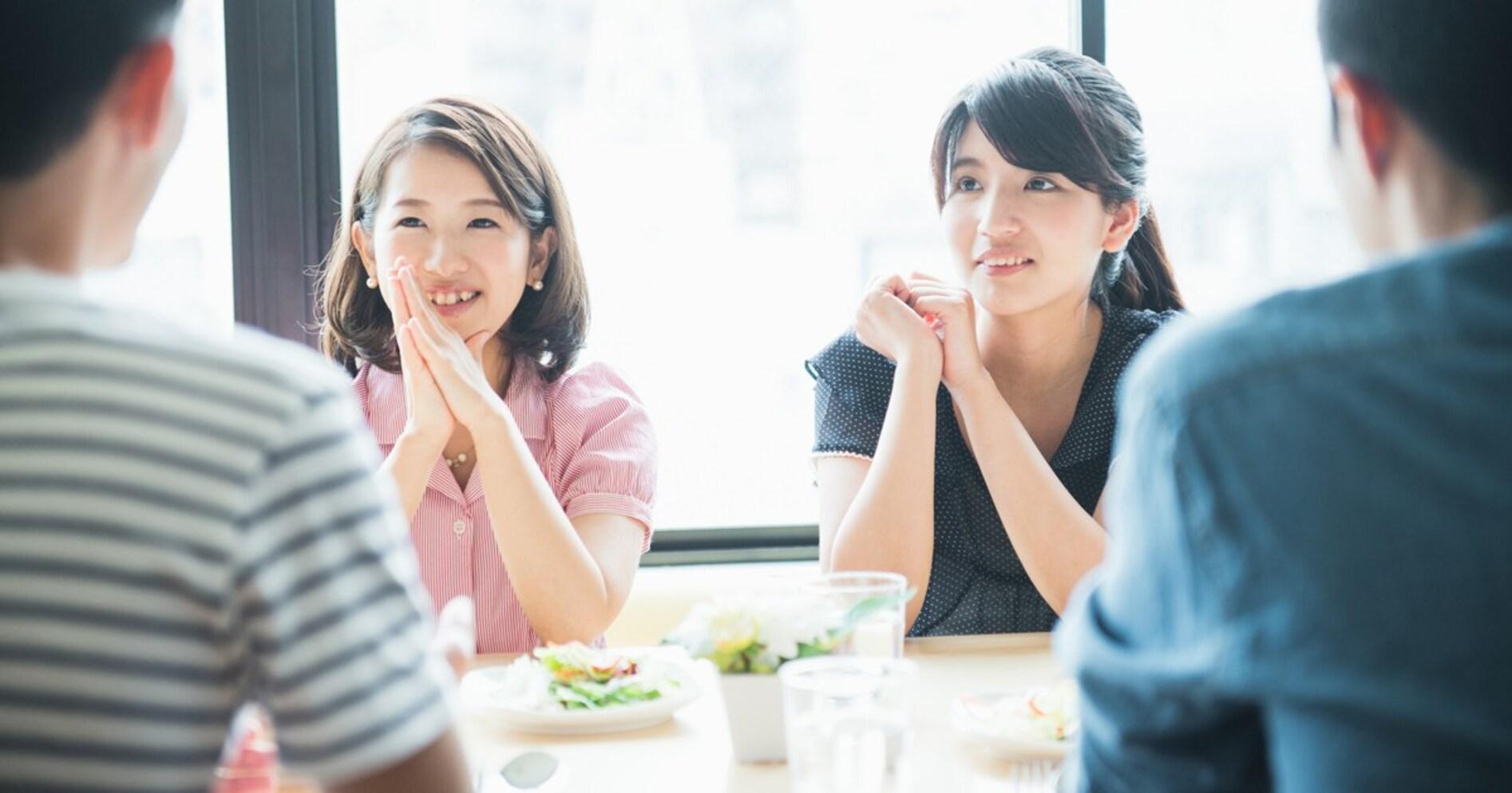 【働く女の「モテ道場」】合コンの「サラダとりわけ問題」から考える。仕事がデキる人と恋愛がデキる人の違い