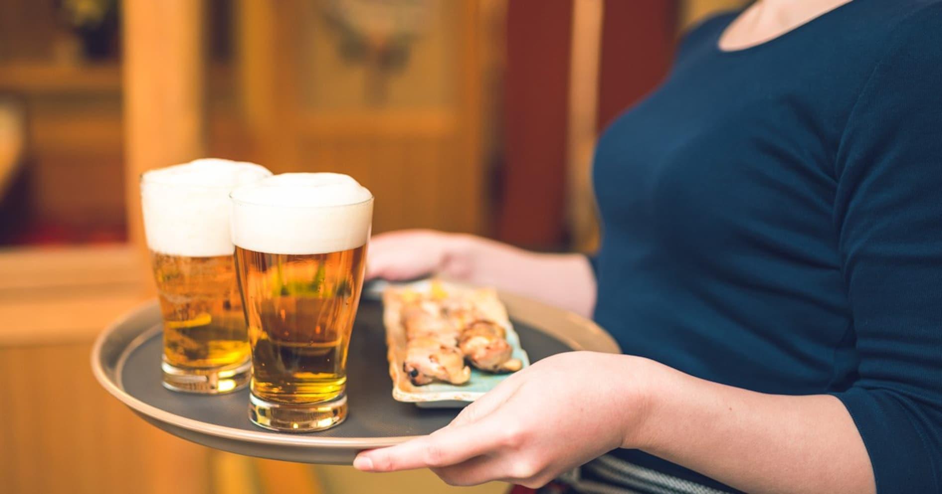 「おい、生ビール」は1000円!? 客と店員の対等な関係に固執しすぎると…