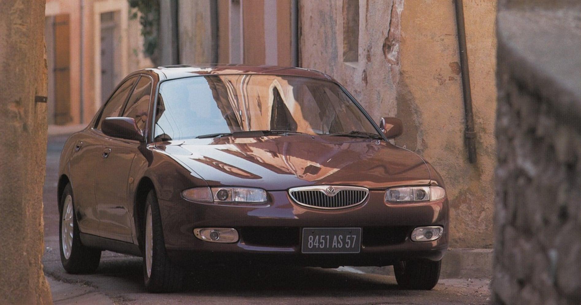 【中年名車図鑑|マツダ・ユーノス500】日本では評価されなかった「世界で最も美しいサルーン」