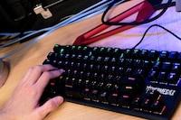 プロゲーマー推奨!FPSを制する至高のゲーミングキーボード4選