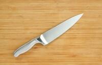 三徳包丁とは?その特徴や牛刀との違いをご紹介!人気ブランド6選も必見|ダマスカス製から高級品まで!研ぎ方もチェック - Best One(ベストワン)