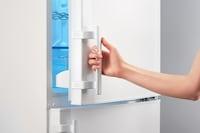 一人暮らし用冷蔵庫のおすすめランキング10選|静かで快適、持ち運びもできちゃう小型サイズも