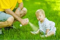 赤ちゃん用虫除けのおすすめ人気ランキング12選|スプレーやシール、日焼け止め効果のあるものも!