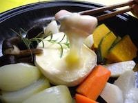 蒸し野菜とチーズのタジン鍋 [ホームメイドクッキング] All About