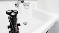 【お風呂でも!】防水シェーバーおすすめ5製品を比較!フィリップスやブラウンの人気モデルも - Best One(ベストワン)