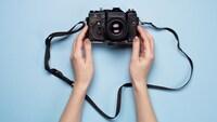 カメラストラップのおすすめ人気商品20選|付け方は?おしゃれな革製からかわいいデザインまで!首が痛くならない斜めがけも!