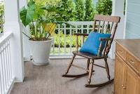 ロッキングチェアおすすめ人気ランキング12選 おしゃれな木製や折りたたみ式も! - Best One(ベストワン)