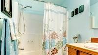 シャワーカーテンおすすめ人気ランキング15選と使い方|防カビ加工やおしゃれなデザインは?透明タイプやフックの形状、サイズ感にも注目! - Best One(ベストワン)