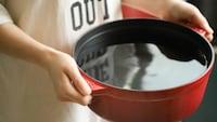 両手鍋のおすすめ人気ランキング21選 ステンレスやアルミ製、かわいいホーロー鍋も! - Best One(ベストワン)
