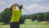 【2021年版】ゴルフクラブの選び方と種類別おすすめ16選|初心者必見!人気メーカーの特徴を比較 - Best One(ベストワン)