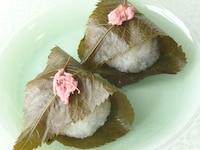 電子レンジで作る、道明寺桜餅