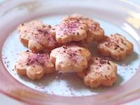 ほんのり桜が香る、お手軽型抜きクッキー