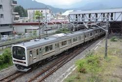 JR日光線の主力は通勤型の205系電車