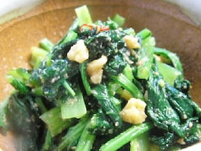 子供に人気♪甘めの小松菜の和え物レシピ