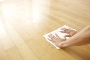 夏・大掃除のおすすめポイント3「フローリングの床」