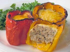 たまには変わったお弁当を パプリカの肉詰めオーブン焼きのレシピ