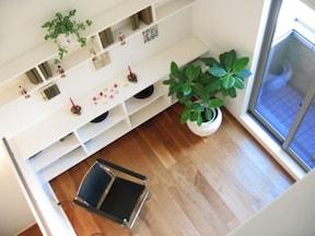 家具などの前面は揃えてできるだけ直線に