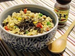 簡単炒り豆腐丼