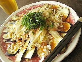 香味野菜にもぴったり!夏にさっぱりとおいしい梅ドレッシングの簡単レシピ