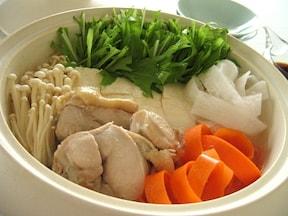 冬の人気1位!水菜入り鶏の水炊き