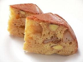 カラメルりんごとさつまいものケーキ