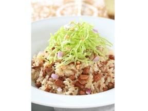 お弁当にも◎炊飯器で作れる大豆とひき肉のピラフ