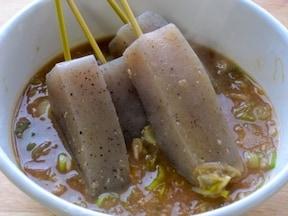 コンニャクの葱生姜味噌おでん