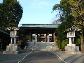 東郷神社:混雑度★