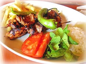 トルコ料理の付け合わせに!パスタが入ったおいしいごはん「ピラウ」の簡単レシピ