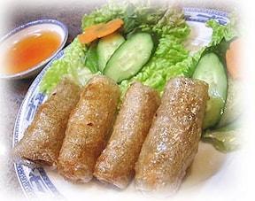 ベトナム料理の揚げ春巻きは、日本と違う!