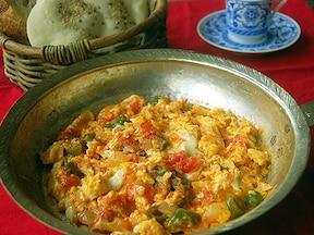 朝ごはんにぴったりのトルコ料理といえば卵をたっぷり使ってしっとりおいしい簡単レシピ「メネメン」