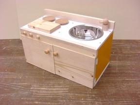 カラーボックスを利用しておままごとキッチンを作る