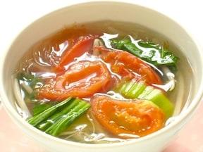 野菜たっぷりで簡単ヘルシー春雨スープ