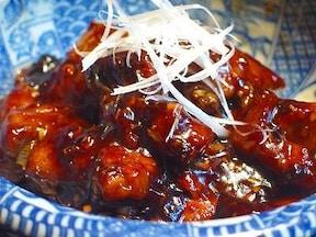 黒酢が決め手! 肉だけで作る北京風黒酢豚