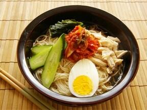 キムチの辛さがよく合う!韓国冷麺風そうめんのレシピ