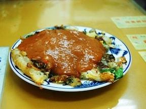 牡蠣たっぷりの蚵仔煎が大人気「記鶏蛋[虫可]仔煎」