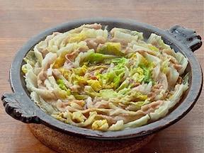 白菜と豚バラ肉のごま油鍋