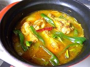 鶏手羽入りスープカレー鍋