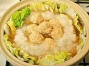 つくね鍋レシピ 豆腐入りふわふわ鶏団子鍋