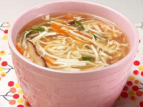 体が温まる!細切り豆腐のとろみスープ