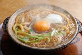 地元民もよく食べる味噌煮込みうどん