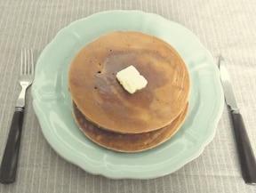 ヘルシー豆乳全粒粉パンケーキ