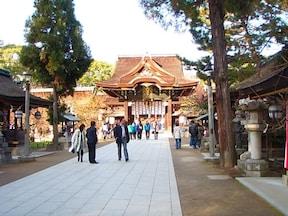 全国12000社の天満宮の総本社。修学旅行でもおなじみの神社
