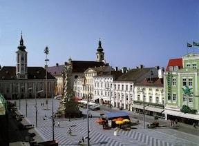 華麗な建物が街を彩る『ザンクト・ペルテン』