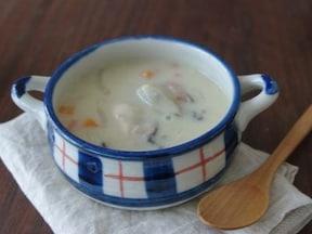 牡蠣の豆乳チャウダー