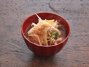 白菜と豚バラ肉の和風スープ