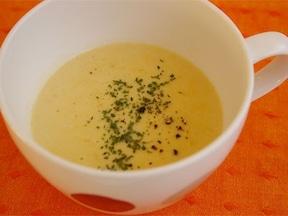 コンソメでコクを出す!コーンクリームスープ