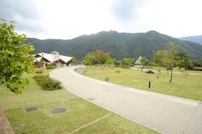 四国トップクラスの高規格キャンプ場、四国三郎の郷