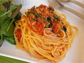 ほうれん草とツナのトマトスパゲッティ